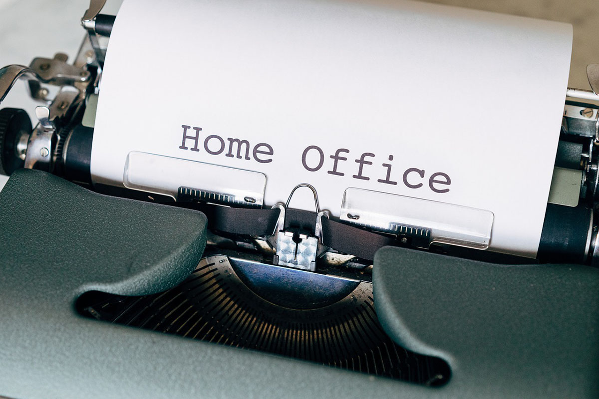 az otthoni és távmunka közötti különbség